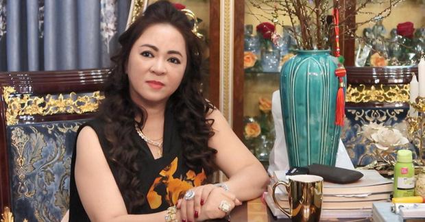 Toàn cảnh drama của dàn sao Việt và vợ Dũng lò vôi: Từ phát ngôn đám nghệ sĩ đến gọi tên NS Hoài Linh, khẩu chiến với Trang Khàn, Trịnh Kim Chi - Ảnh 3.
