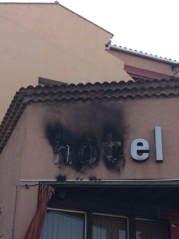 Khách sạn ngang ngược với những thiết kế khiến khách lưu trú nhìn thấy liền muốn nổi điên - Ảnh 7.