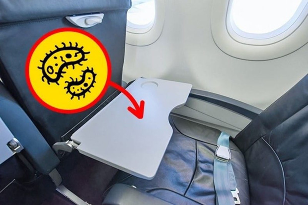 Tiếp viên hàng không lâu năm cảnh báo thói quen của nhiều người khi đi máy bay sau tưởng rất bình thường nhưng lại vô vàn tác hại - Ảnh 2.