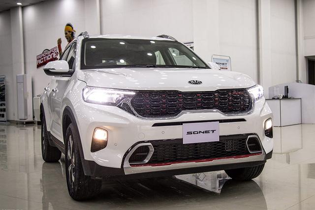 SUV cỡ nhỏ đua ra mắt Việt Nam: Sonet và Raize mở phân khúc giá rẻ, CX-30 cạnh tranh Corolla Cross - Ảnh 7.