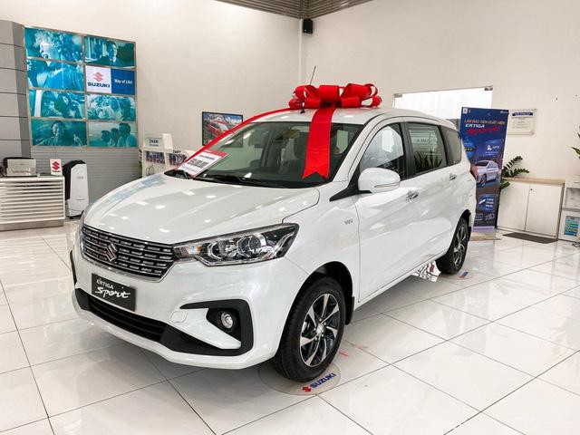 Bị Xpander vượt xa, Suzuki Ertiga Sport ồ ạt giảm giá 50 triệu đồng tại đại lý - Ảnh 1.