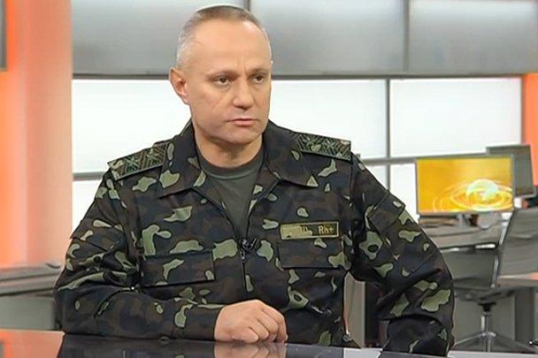 Từng thoát chết ở nồi hầm Ilovaisk, vị tướng Ukraine này sẽ dẫn quân rửa hận ở Donbass? - Ảnh 2.