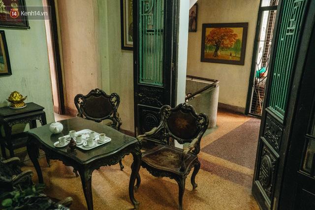 Ngôi nhà 80 năm tuổi, rộng gần 300m2 giữa phố cổ Hà Nội: Trả trăm tỷ không bán, bên trong có hầm chứa được 20 người - Ảnh 20.