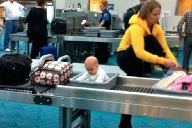 Loạt ảnh khó tin được chộp lại tại sân bay: Số 2 sẽ khiến nhiều người tưởng là 1 vụ án mạng (P2) - Ảnh 6.