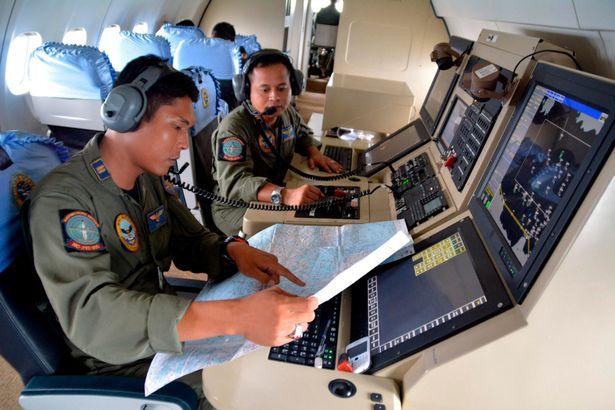 Tàu ngầm Indonesia mất tích, chưa rõ số phận các thủy thủ - Ảnh 1.
