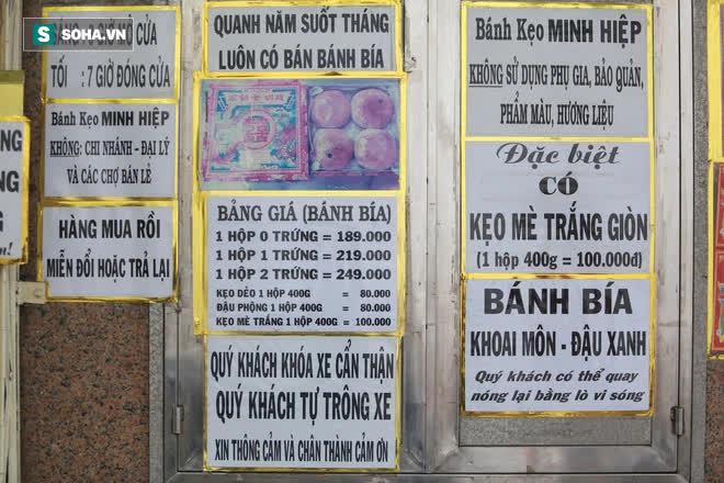 Tiệm bánh pía 73 năm của người Hoa làm ra chiếc bánh độc nhất trên thị trường thế nào? - Ảnh 16.