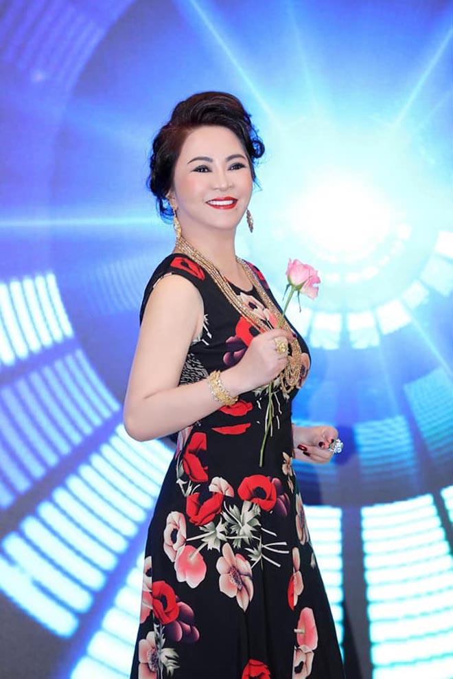 """Sở thích đặc biệt của đại gia Nguyễn Phương Hằng, là vợ ông Dũng """"lò vôi"""" - Ảnh 4."""