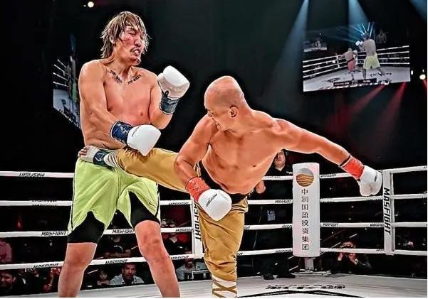 """Yi Long sẽ đánh bại Mike Tyson nhờ """"đòn hiểm"""" của Thiếu Lâm Tự? - Ảnh 2."""