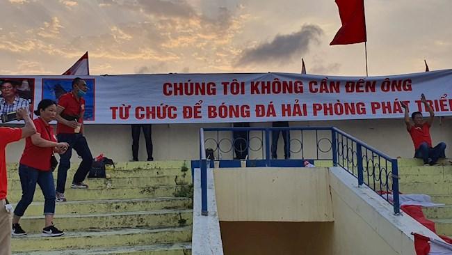 Vị chủ tịch ồn ào ở V.League chính thức mất ghế, CLB Hải Phòng bước vào cuộc thay máu - Ảnh 1.