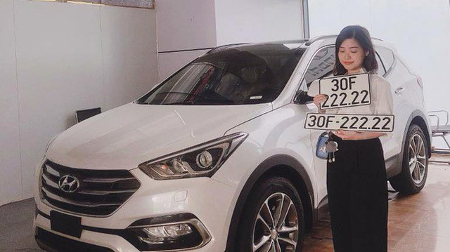 5 chủ xe Hyundai Santa Fe tại Hà Nội ẵm 5 biển ngũ quý, sang tay nhanh thu về đôi ba tỷ đồng mỗi chiếc - Ảnh 2.