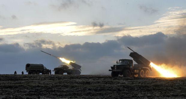 Phát hiện vật thể chưa xác định nghi là tàu ngầm Indonesia - BTQP Nga Shoigu bất ngờ ra tuyên bố về cụm quân gần Ukraine - Ảnh 1.
