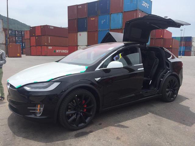 5 xe điện xuất hiện ở Việt Nam trước Vinfast rất lâu: Xót xa nhất lại chính là số phận 2 chiếc Tesla - Ảnh 4.