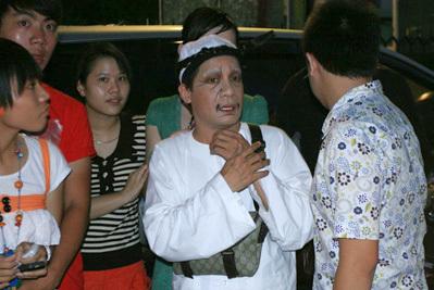 Minh Nhí: Sau vụ cháy đó, nhà Hồng Vân giàu lên dữ dội - Ảnh 5.
