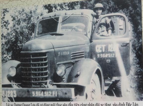 Lời kể của người lái chiếc xe vận tải đầu tiên vào Dinh Độc Lập ngày 30/4/1975 - ảnh 1