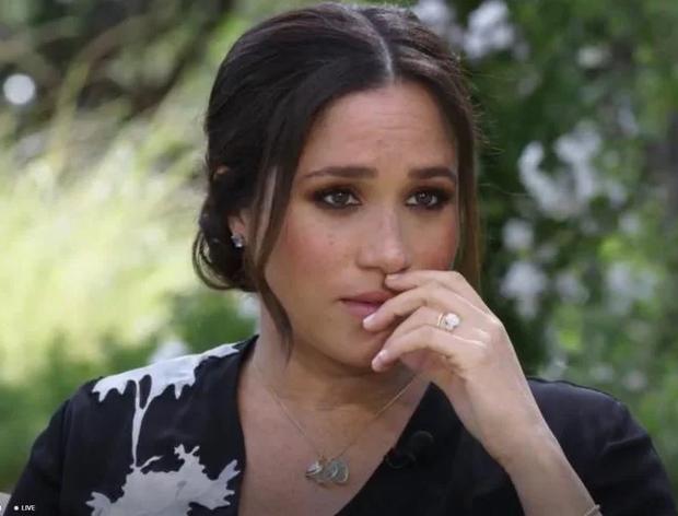 Meghan Markle lại muối mặt khi bị bạn thân của Công nương Diana bóc mẽ chuyện nói dối trong cuộc phỏng vấn - Ảnh 1.