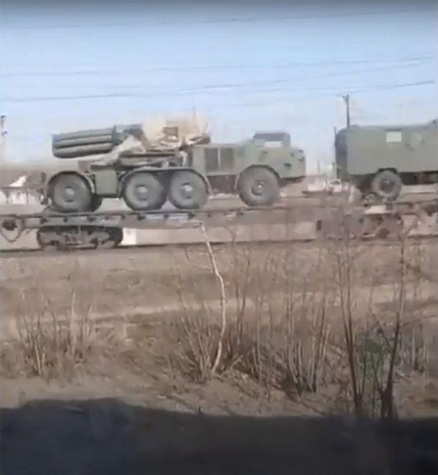 Nga đột ngột kiểm tra khả năng sẵn sàng chiến đấu ở Crimea - Chiến tranh Ukraine-Nga có thể diễn ra trong vài tuần tới - Ảnh 2.