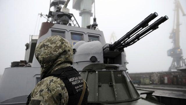 Nga đột ngột báo động sẵn sàng chiến đấu ở Crimea - Chiến tranh Ukraine-Nga có thể diễn ra trong vài tuần tới - Ảnh 1.