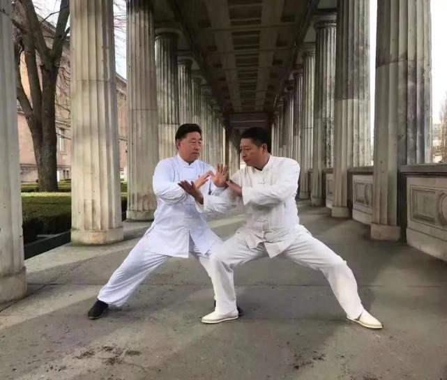 """Phương trượng Thiếu Lâm Tự làm trọng tài trận tỉ thí giữa Yi Long với """"Vua Thái Cực Quyền"""" - Ảnh 2."""
