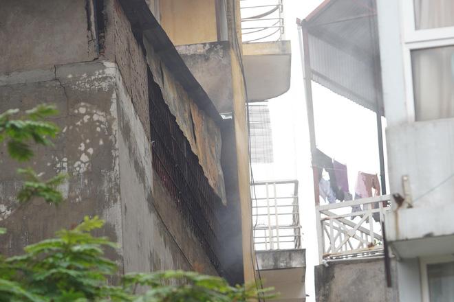 Đại úy cảnh sát kể lại cảnh tượng đau đớn khi tìm thấy thi thể 2 mẹ con tử vong sau vụ cháy ở Hà Nội - Ảnh 3.