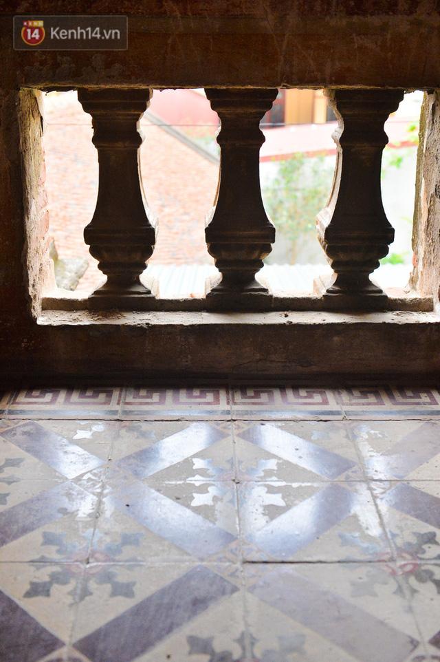 Cận cảnh biệt thự Pháp cổ hơn 100 năm của đại gia làng miến nức tiếng một thời ở Hà Nội - Ảnh 12.