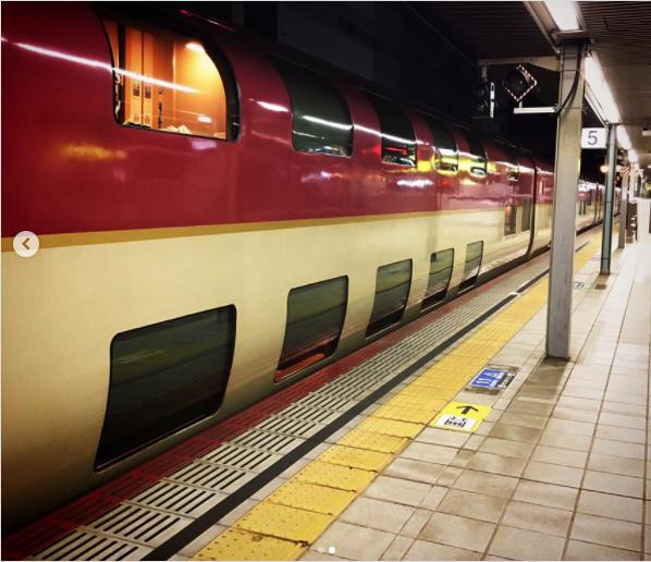 Có gì bên trong chuyến tàu xuyên đêm duy nhất còn sót lại ở Nhật Bản khiến khách du lịch phải thốt lên Không đi thì phí? - Ảnh 3.