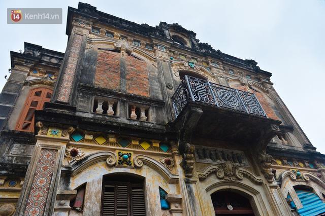 Cận cảnh biệt thự Pháp cổ hơn 100 năm của đại gia làng miến nức tiếng một thời ở Hà Nội - Ảnh 21.