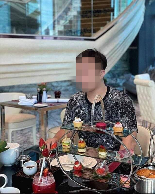 Anh chàng rủ bạn gái mới quen đi ăn nhưng lại biến mất khi trả tiền - Ảnh 1.
