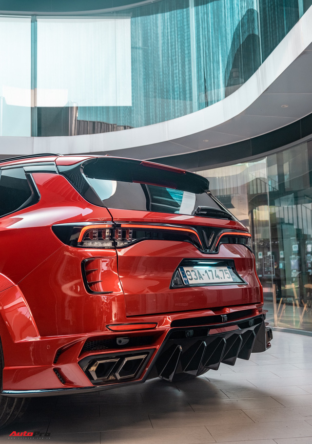 Chủ xe Bình Phước chi hàng trăm triệu độ VinFast Lux SA2.0: Ngoại hình như siêu SUV, công suất tăng 32 mã lực, riêng bộ mâm 100 triệu đồng - Ảnh 20.