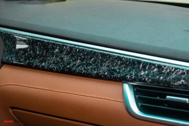 Chủ xe Bình Phước chi hàng trăm triệu độ VinFast Lux SA2.0: Ngoại hình như siêu SUV, công suất tăng 32 mã lực, riêng bộ mâm 100 triệu đồng - Ảnh 25.