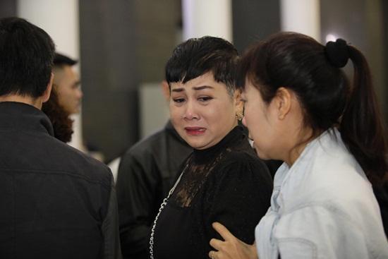 Chồng mất chưa đầy 49 ngày, NSND Minh Hằng lại chịu nỗi đau mất cha - Ảnh 1.