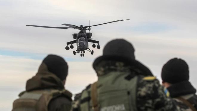 Chuyên gia: Mỹ đã bật đèn xanh, ông Putin sẽ nối Donbass với Crimea bất chấp QĐ Ukraine? - Ảnh 12.