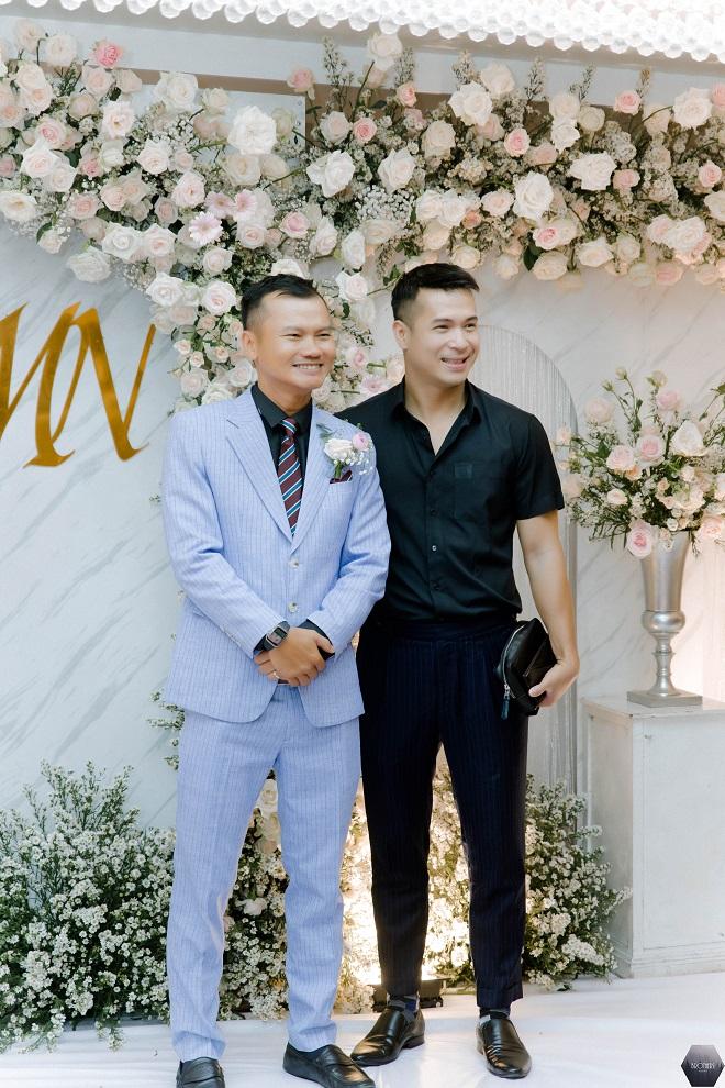 Dàn nghệ sĩ Việt dự đám cưới ca sĩ Mỹ Ngọc với chồng đại gia hơn 12 tuổi - Ảnh 7.