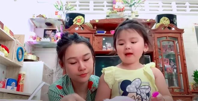 Cuộc sống khổ sở của vợ 2 Vân Quang Long: Bị nói tham tiền, con nhỏ cũng không được tha - Ảnh 4.
