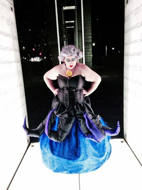 Câm nín trước những màn hóa thân có một không hai trong Lễ hội Hóa trang Halloween 002