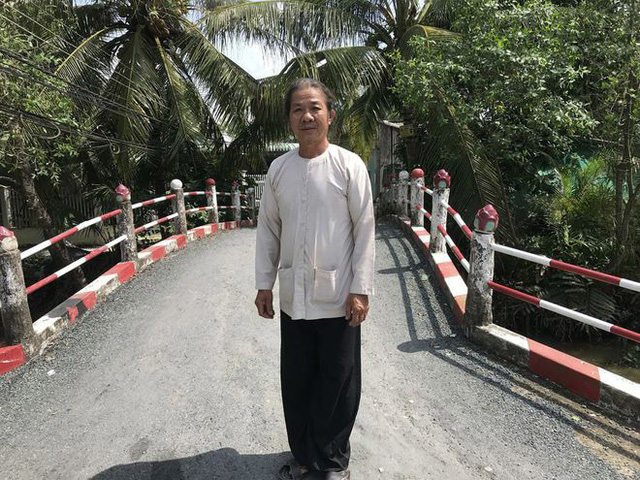 Trồng rau muống, lão nông ở Cần Thơ xây 6 cây cầu tặng người dân - Ảnh 2.