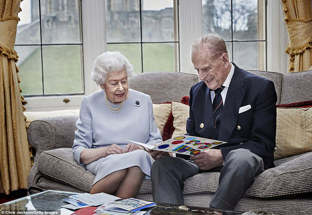Những hình ảnh cuối cùng của chồng Nữ hoàng Anh - Hoàng thân Philip, trước khi qua đời ở tuổi 99 - Ảnh 4.