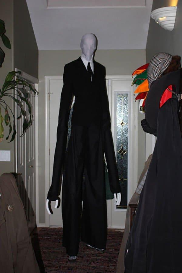 Câm nín trước những màn hóa thân có một không hai trong Lễ hội Hóa trang Halloween 005