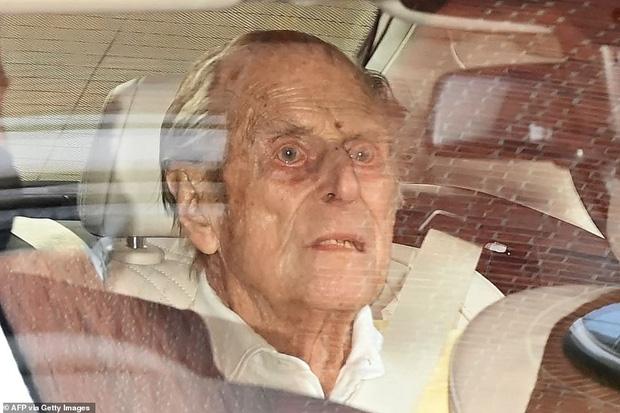 Những hình ảnh cuối cùng của chồng Nữ hoàng Anh - Hoàng thân Philip, trước khi qua đời ở tuổi 99 - Ảnh 5.