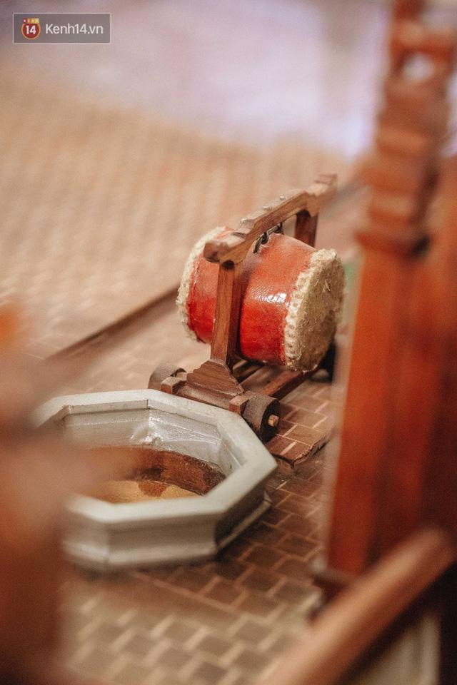 Hà Nội: Độc đáo mô hình đình làng bằng gỗ siêu nhỏ, trả giá 2 tỷ cũng không bán! - Ảnh 8.