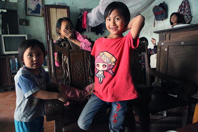 Bất ngờ với cuộc sống hiện tại của người phụ nữ 29 tuổi đẻ 8 con ở Hà Nội - Ảnh 10.