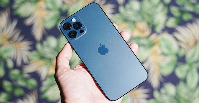 iPhone 12 lao dốc xuống dưới 20 triệu đồng, Galaxy Note 20 và hàng loạt smartphone đồng lọat giảm sâu - Ảnh 1.