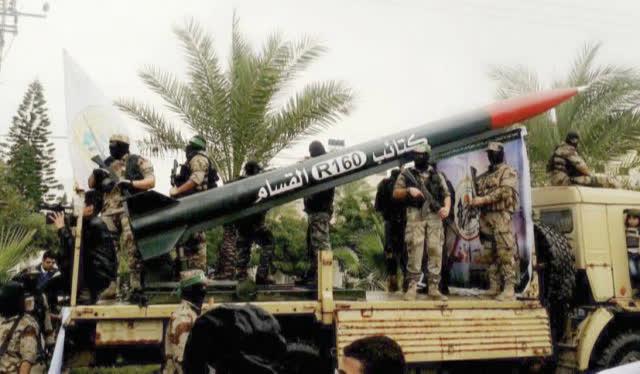 Loạt tên lửa mới được Hamas khai hỏa ồ ạt vào Israel: Công nghệ TQ - kỹ thuật Syria? - Ảnh 2.