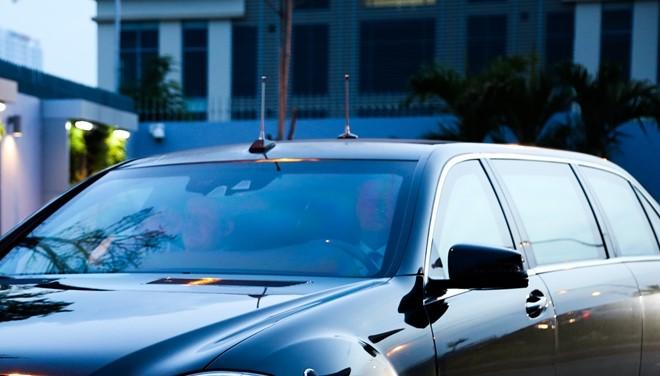 Chiếc xe người Nga mượn cho tổng thống Putin: Siêu khủng! - Ảnh 4.