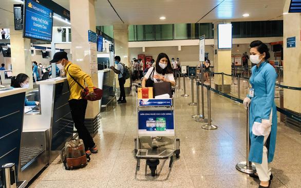 Hành khách hủy chuyến, Vietnam Airlines, Bamboo Airways, Vietjet Air ỉm luôn các khoản phí sân bay, phí an ninh? - Ảnh 1.