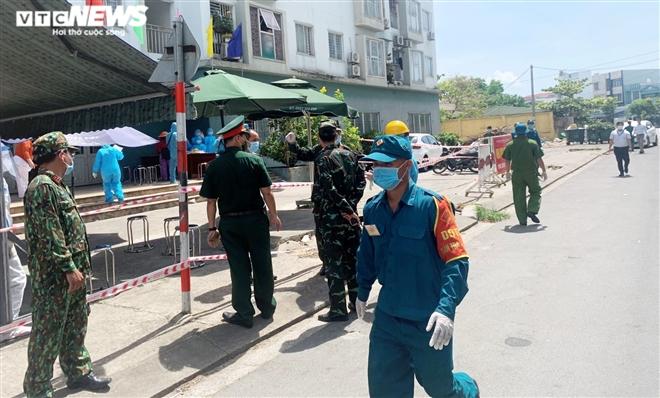 Người mẫu ảnh dương tính với SARS-CoV-2 đã đi TP. HCM, Hội An và nhiều nơi ở Đà Nẵng - Ảnh 1.