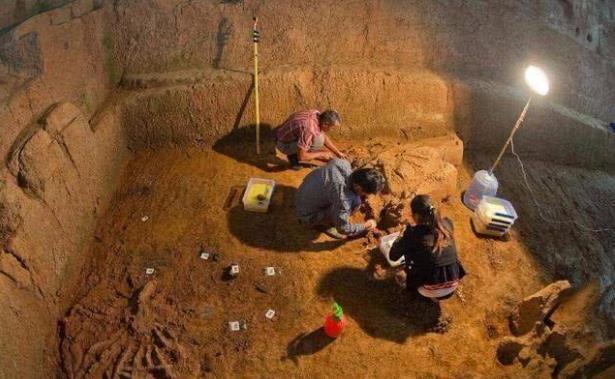 Trộm mộ luôn vét sạch mộ cổ nhưng có một thứ dù chồng chất hàng tấn trong lăng chúng cũng không động vào, đó là gì? - Ảnh 5.
