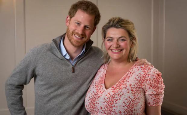 Chia sẻ mới nhất của Harry về cuộc sống hiện tại ở Mỹ giáng đòn đau đớn lên Hoàng gia Anh - Ảnh 1.