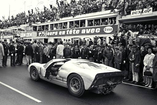 Chiếc xe huyền thoại vùi dập Ferrari trong liên tiếp 4 năm - Việt Nam mới lộ 1 chiếc mới cứng - Ảnh 2.