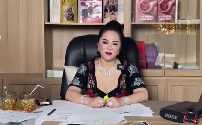 Bà Nguyễn Phương Hằng chỉ trích nghệ sĩ, Hoàng Y Nhung lên tiếng: Nói người ta đánh đổi, mua bán chỉ cho thấy mình là người sân si - Ảnh 1.