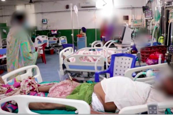 Vượt qua Ấn Độ, tâm chấn Covid-19 đang chuyển hướng sang nước láng giềng, tỉ lệ nhiễm bệnh cao gấp đôi - Ảnh 6.